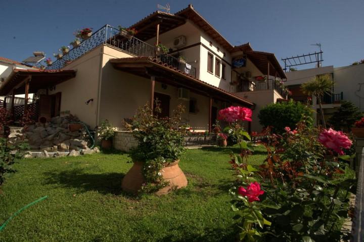 La Luna Guesthouse