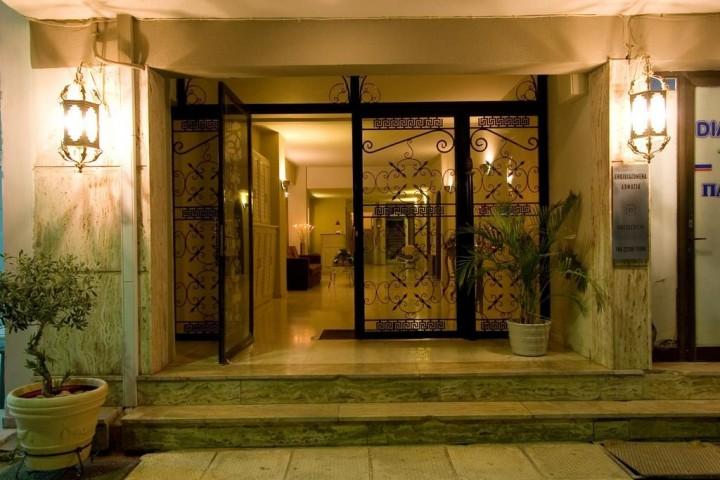 Paralio Rooms