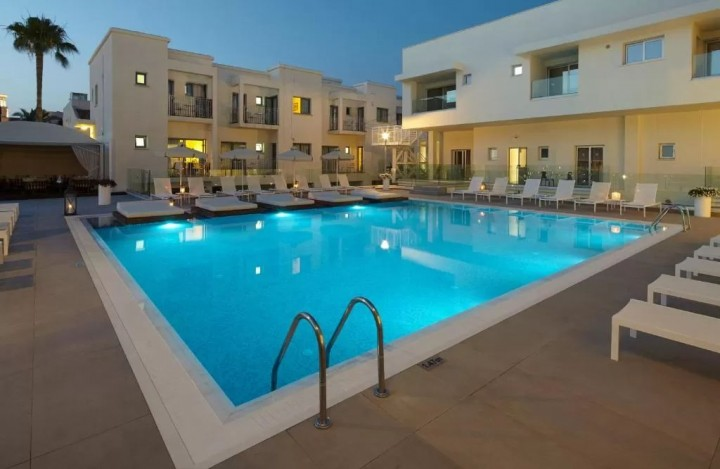 Melpo Antia Luxury Apartments