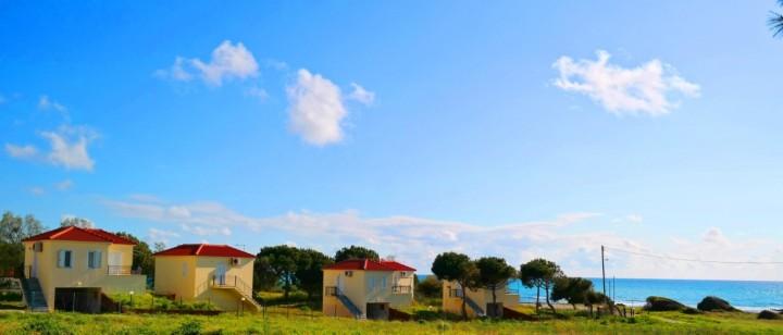 Romanos Beach Villas