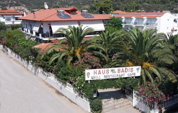 Badis Haus