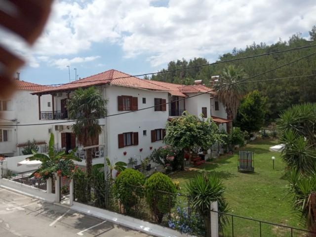 Vangeli's Garden House