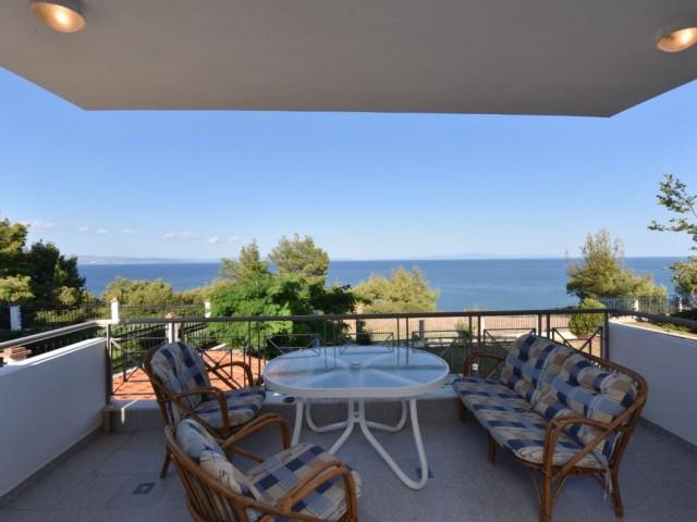 Alexina Sea View Villa