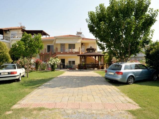 Amaranthos Apartments 3