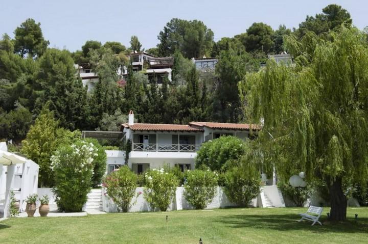 Skiathos Holidays Resort