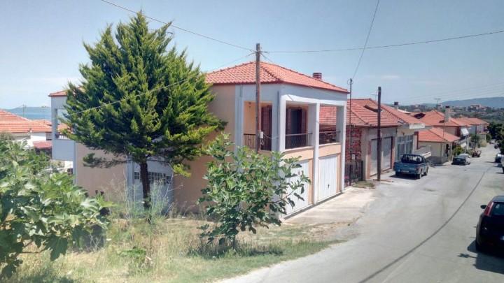 House in Nea Roda