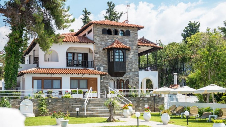 Georgalas Sunbeach Villa