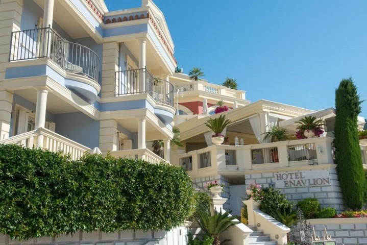 Enavlion Batagianni Hotel